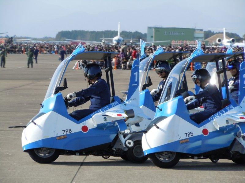 ブルーインパルスのパイロット以外の隊員によって組織されたクラブ「ブルーインパルスJr.」