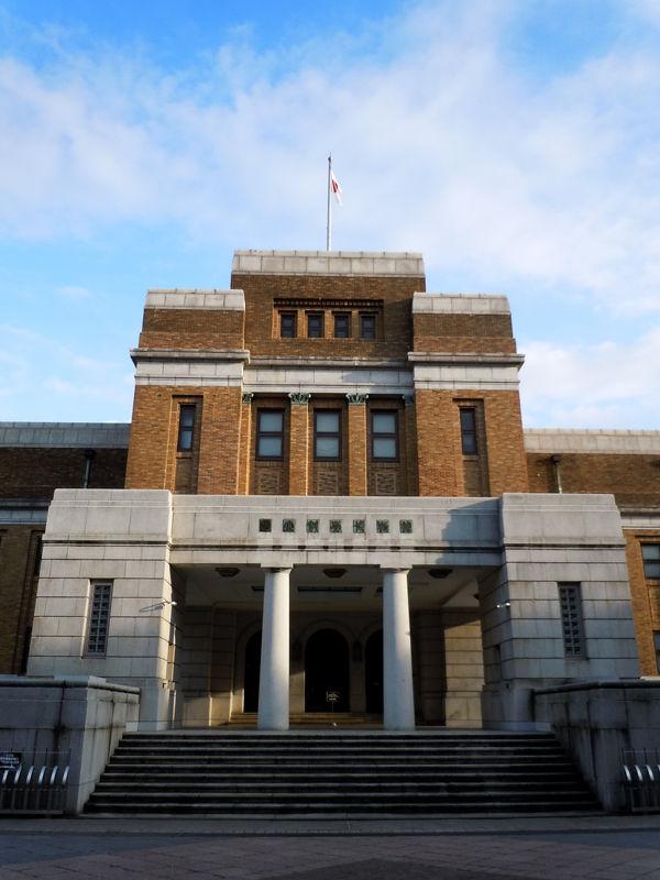 明治後期から昭和戦前期にかけては各省庁内部に建築部門が設けられていた