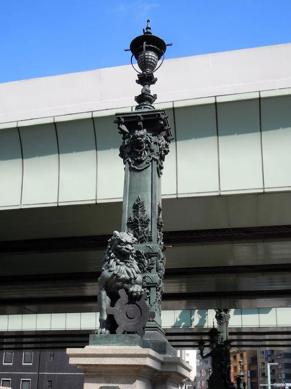 親柱の彫刻