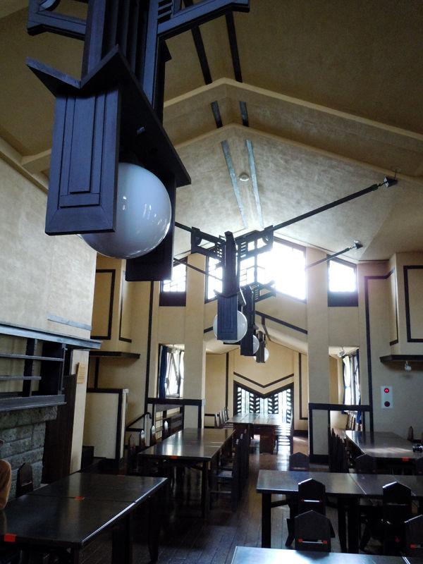 中2階の位置にある食堂