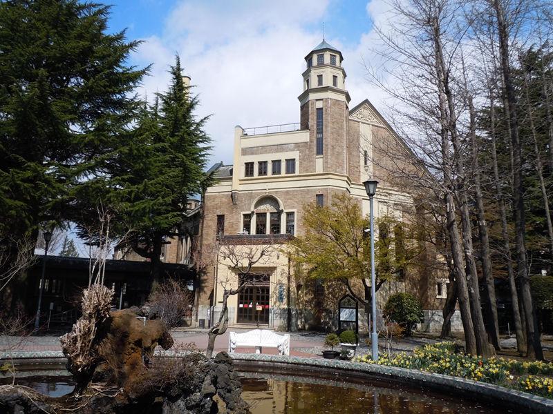 国の重要文化財に指定される「片倉館」