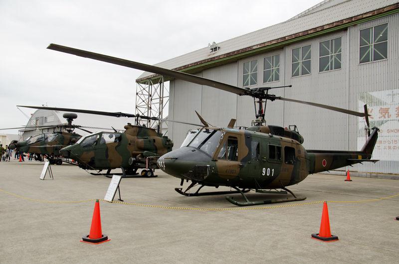 航空学校霞ヶ浦分校・対戦車ヘリコプターAH-64D、木更津駐屯地・第4対戦車ヘリコプター隊AH-1S、立川基地・東部方面航空隊UH-1J