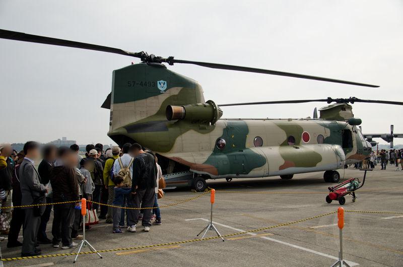 入間ヘリコプター空輸隊のCH-47J(57-4493)