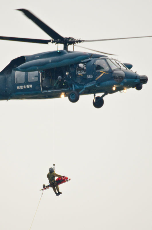 入間ヘリコプター空輸隊による実演