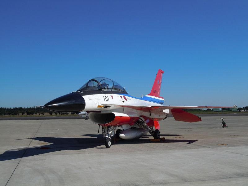 航空自衛隊で使われている戦闘機、三菱重工製のF-2