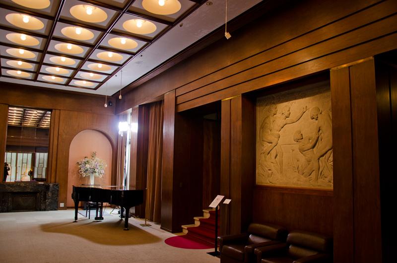 ラパンデザインの大広間