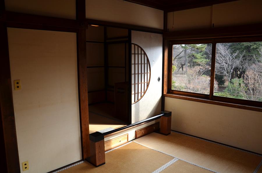鋹子(としこ)婦人の寝室