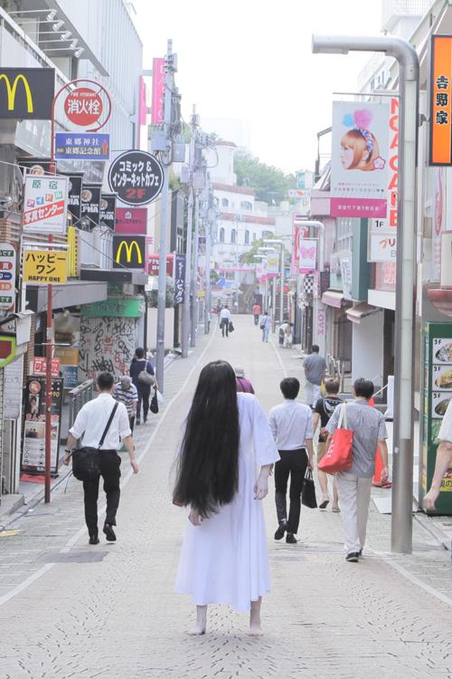 写真集カット(原宿竹下通り)