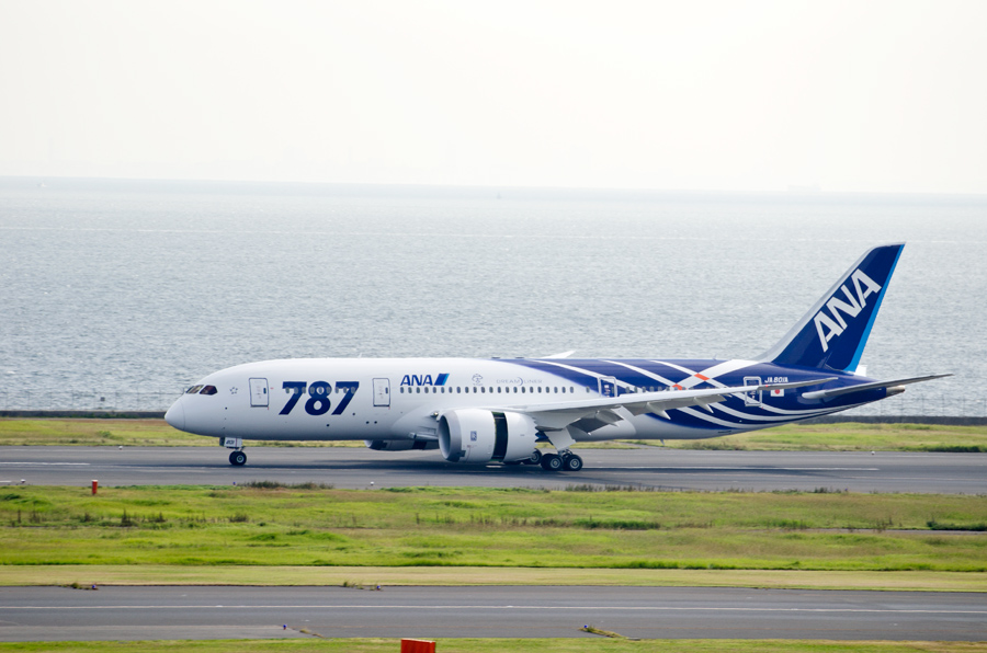 ANAのB787初号機(JA801A)