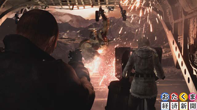 貨物ヘリの中で戦う二人