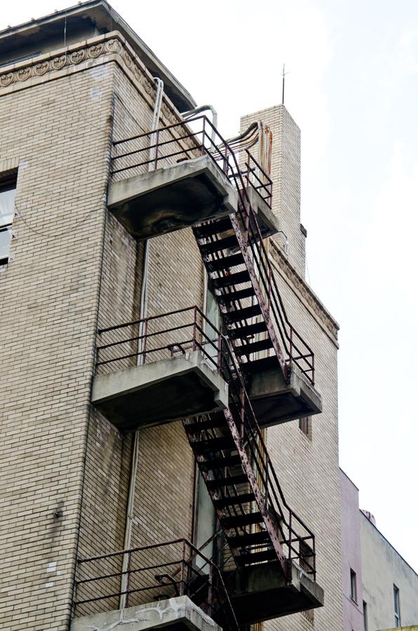 非常階段もいいデザイン