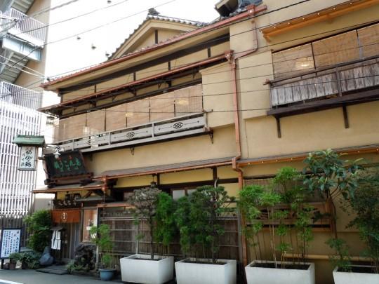 あんこう料理店は昭和初期の建築