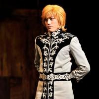 「銀河英雄伝説 輝く星 闇を裂いて」2012年11月15日から18日東京国際フォーラムホールCで公演