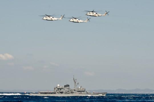第3群:MH-53Eによる3機編隊・8日