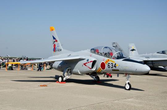 東京スカイツリーとコラボ?したT-4特別塗装機