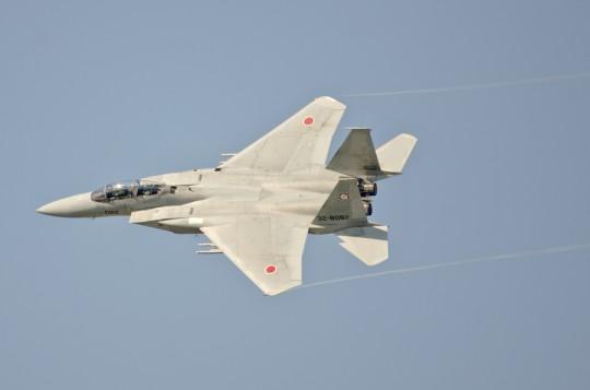 元ブルーの原田1尉が駆るF-15DJ082号機は観艦式にも参加