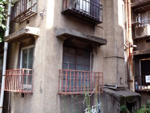1階の窓・右はダストシュート