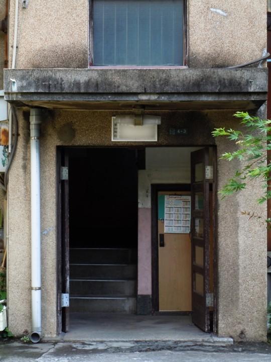 2号館玄関部分