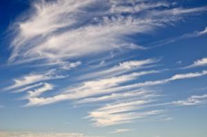 毛羽立つ巻雲は乱気流のサイン