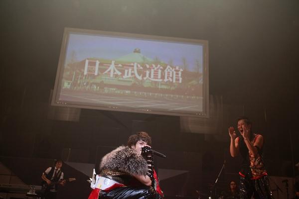 写真:山内洋枝 (HIROE YAMAUCHI)