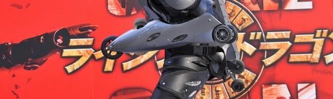 ジャッキー生誕記念!映画『ライジング・ドラゴン』時速120kmの全身ローラー男が日本上陸