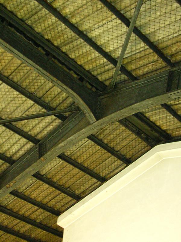 機関車ホールの小屋組