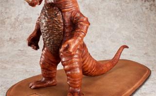 これが25万円の「ゴモラ」だ!究極の怪獣フィギュアが限定15体発売決定