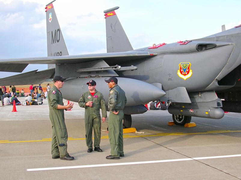 胴体側面のコンフォーマルタンクがF-15Eの特徴