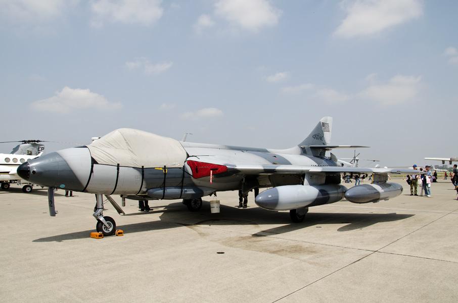 民間軍事会社ATACのホーカー・ハンターF58