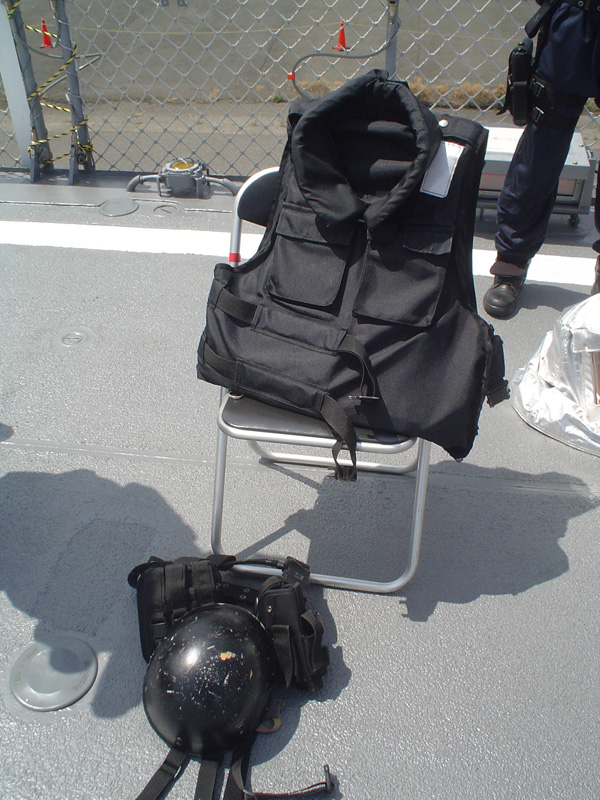 No6.特殊警備隊の装備