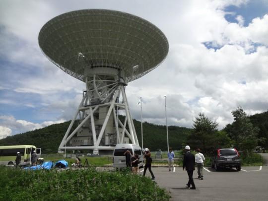 宇宙通信用アンテナ