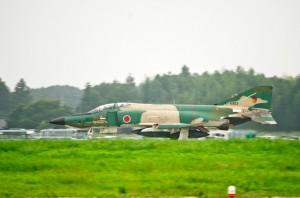 地上滑走するRF-4E