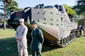 米海兵隊AAV7