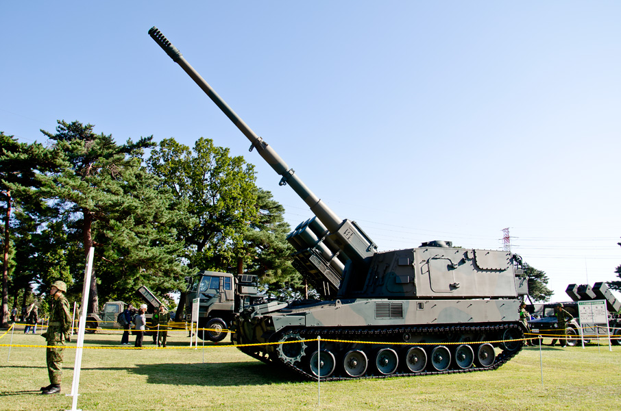 99式自走155mmりゅう弾砲