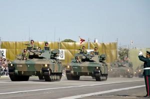 普通科部隊の89式装甲戦闘車