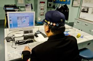 気象データを見る海洋気象員長
