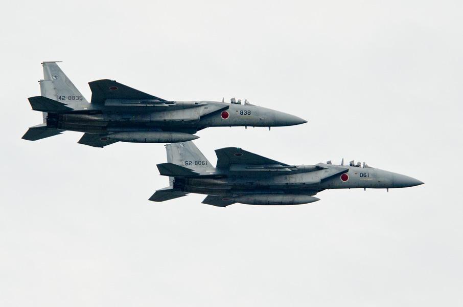 第303飛行隊F-15Jの編隊飛行