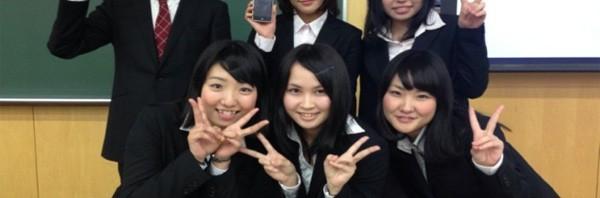 中京大学の学生諸君が画期的アプリ開発したぞ!―指定した時間に(人)がモーニングコールしてくれるアプリ