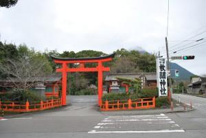 枚聞神社入口