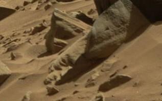 NASA火星画像に人物像らしきもの発見される!―しかも歌丸師匠そっくり