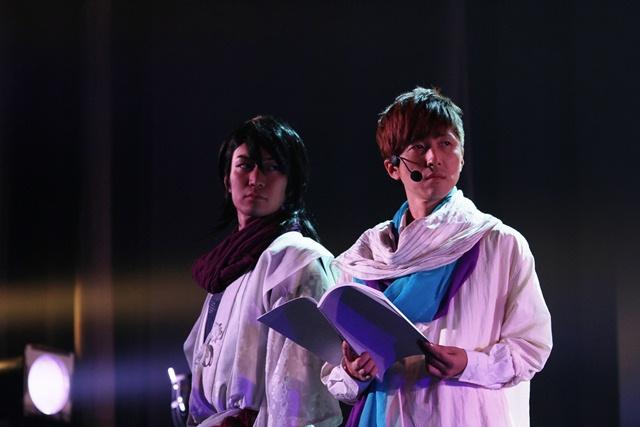 (左から)LiveAct:志村朋春/LiveVoice:櫻井孝宏