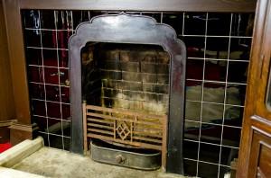 火灯窓風の暖炉