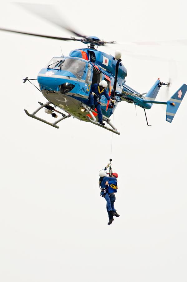 栃木県警BK117の救助実演