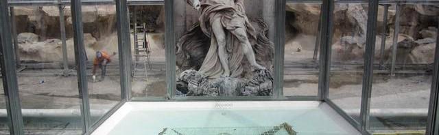 『トレヴィの泉』修復工事中の簡易版がショボすぎてコイン投げつけたくなるレベルと話題