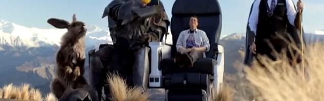 突っ込みどころ満載のNZ航空「壮大すぎる機内安全ビデオ」解禁!―『ホビット』のフロドも登場しているぞ