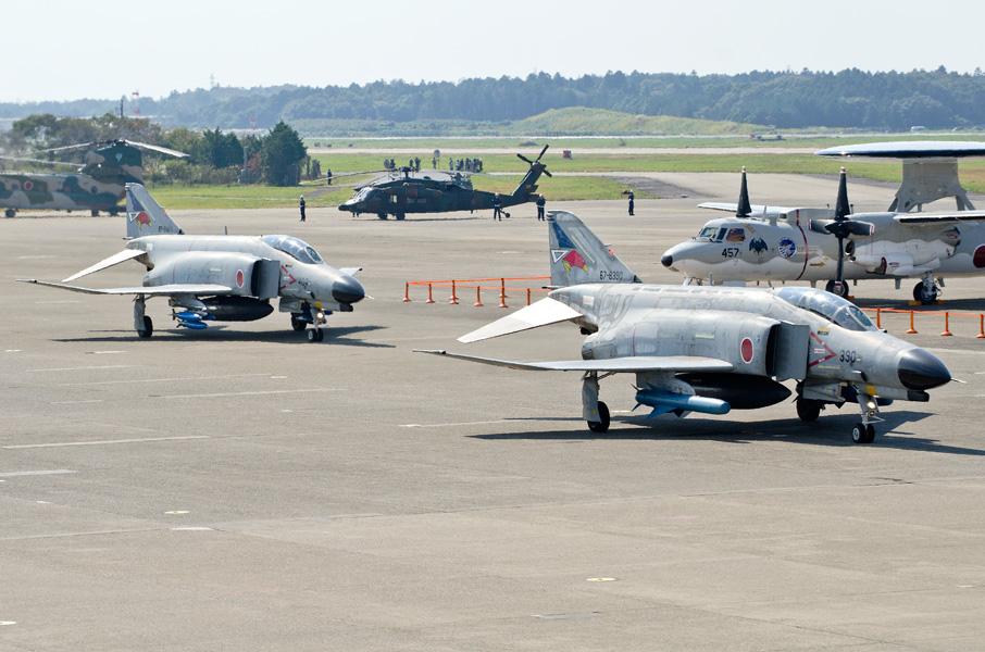 第302飛行隊F-4EJ改の地上滑走
