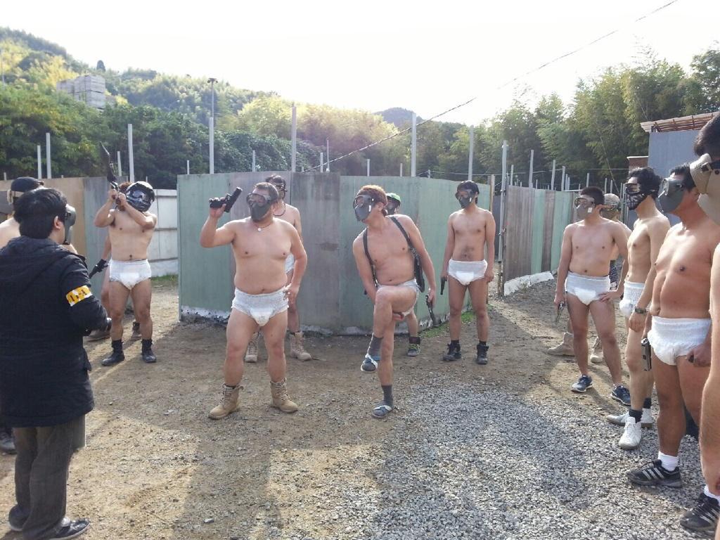 関西のサバゲーチームが開催した『漢のはだか祭り』が色々すごい