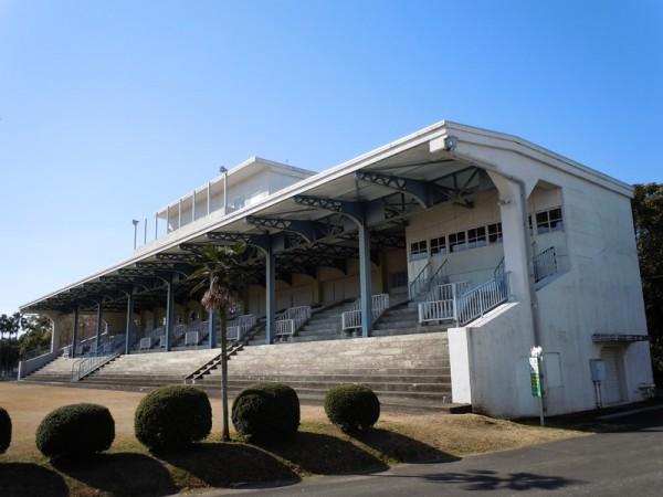 旧宮崎競馬場一等馬見所