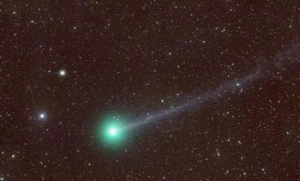 8000年に1度の奇跡と言われる『ラブジョイ彗星(Lovejoy)』