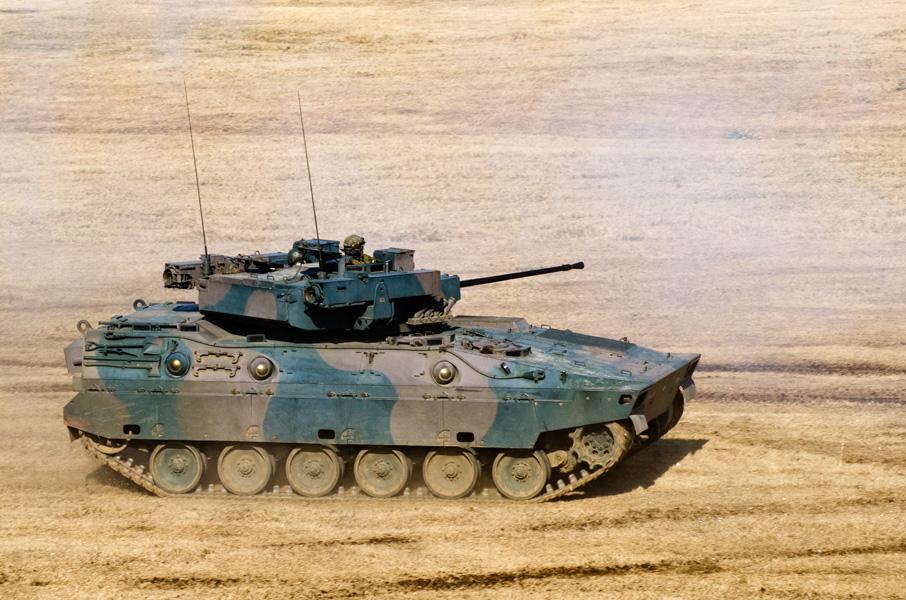 普通科教導隊の89式装甲戦闘車